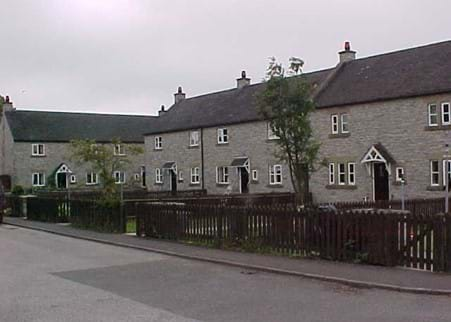 Alstonefield-Harpur-Crewe-cottages.jpg