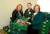 Mayor opens new foodbank in Sawley